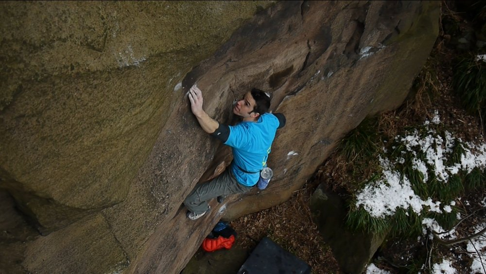 Tom Randall making the first ascent of My Kai (E8 6c) at Shining Cliff, 118 kb