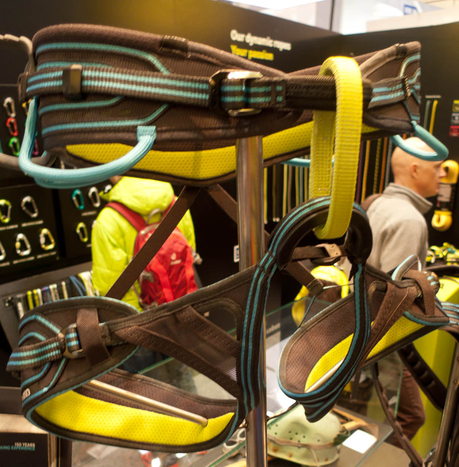 ISPO Award Winner 2013 - Edelrid Orion Harness, 174 kb