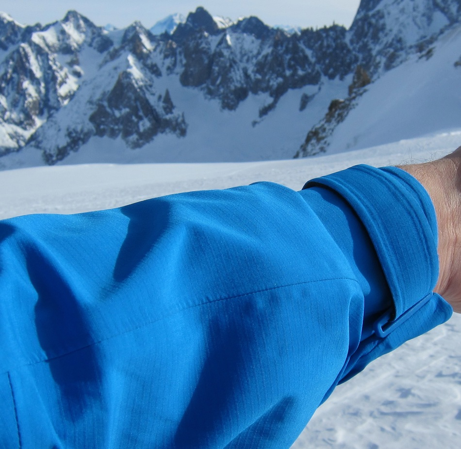 The great fold back cuff design of the Mammut Nordwand, 211 kb