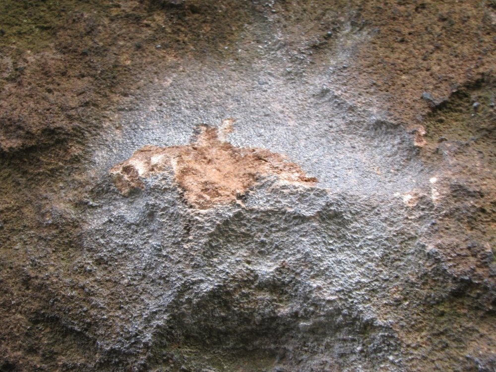Close up of rock chipping on Peak Gritstone, 204 kb