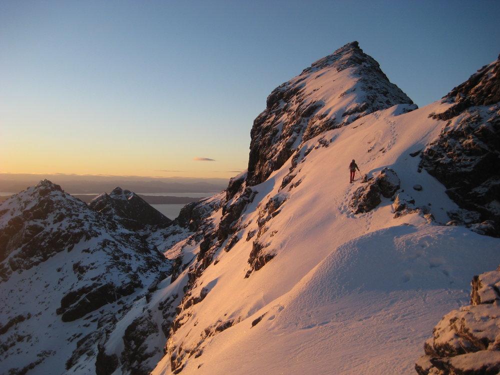 Sunrise on the Cullin Ridge 24/02/13, 137 kb