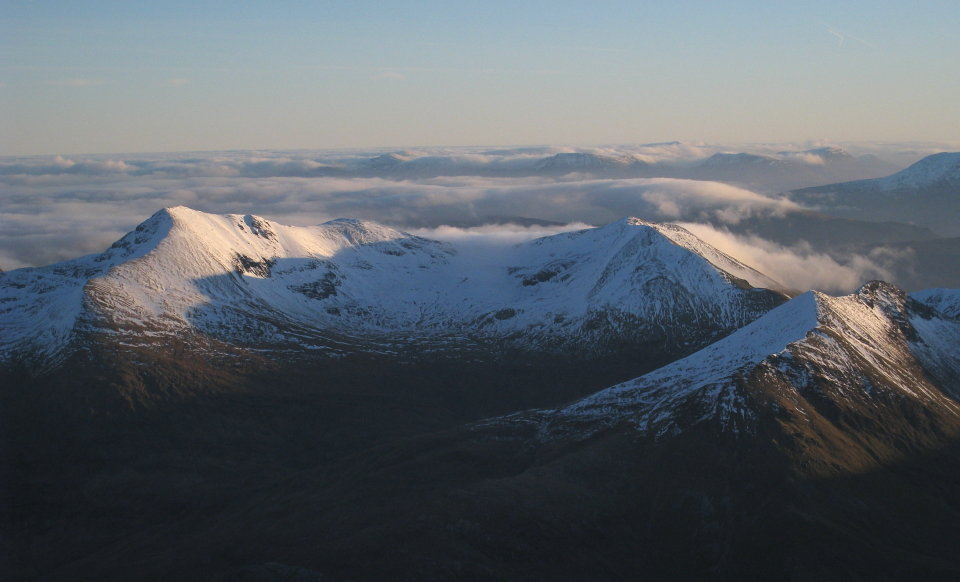 Eastern Mamores from Ben Nevis, 72 kb