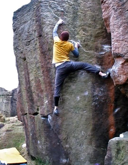 Tom Peckitt on PaTina Turner (8B), Earl Crag, 89 kb