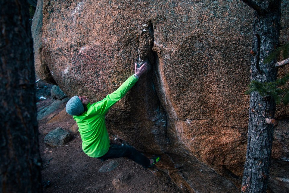 Dave Graham on The Bridge of Ashes, ~8C, Elkland, Colorado, 214 kb