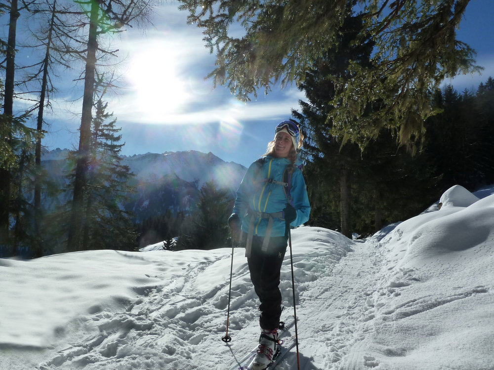 Sarah Stirling testing the TNF Gore Meru Jacket, 214 kb