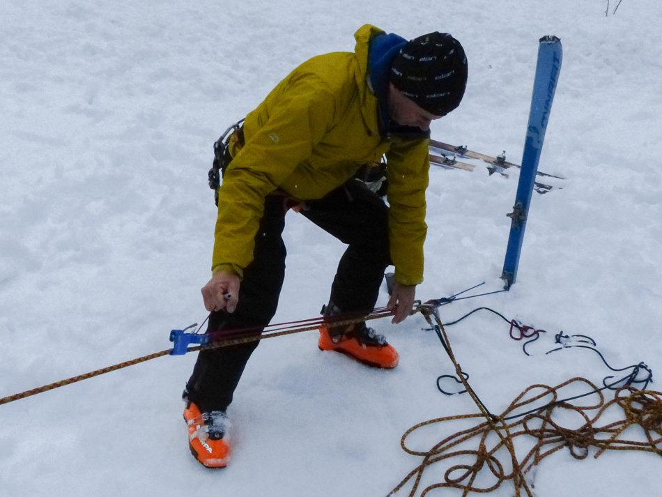 Testing the RescYou using buried ski anchors, 135 kb