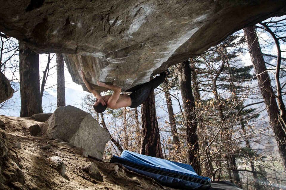 Carlo Traversi on The story of 2 worlds, 8C, Cresciano, Switzerland, 211 kb