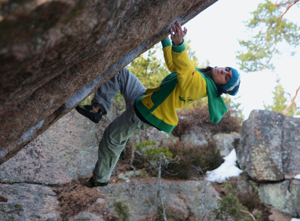 Niccolò Ceria on The Hourglass sds, ~8B, Björnblocket, Västervik, Sweden, 172 kb