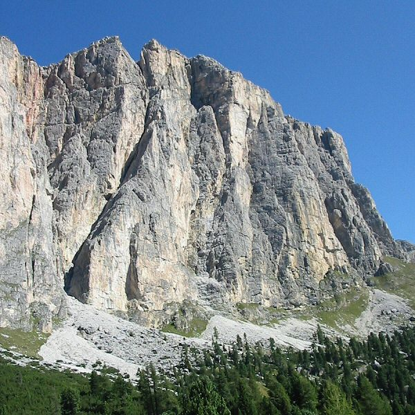 South face of Saas di Ciampic, Dolomites (Make sure you pick the right buttress!), 117 kb