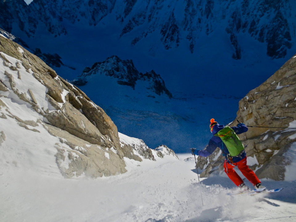 Low down in the couloir, 110 kb