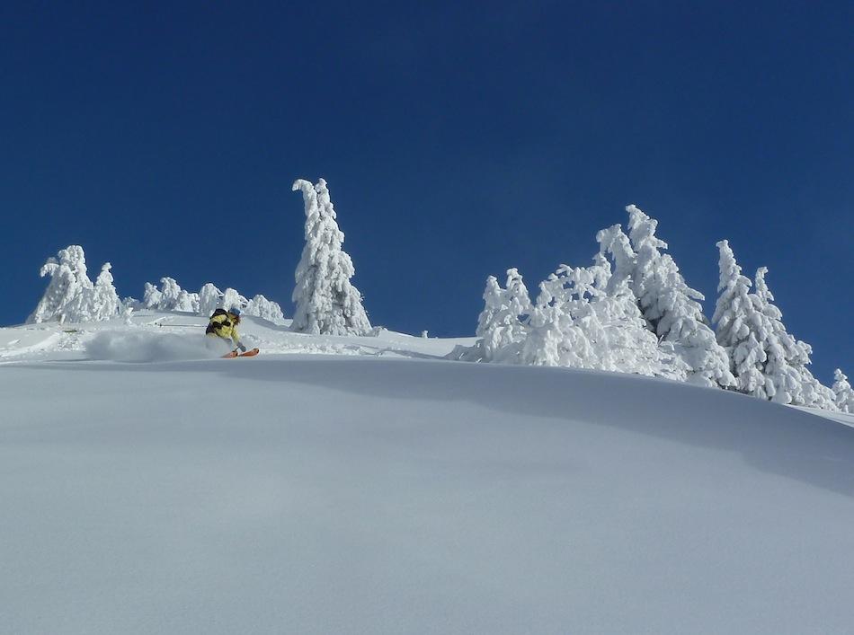 Sarah Stirling testing the Polvere Ski Trab skis close to Chamonix, 105 kb