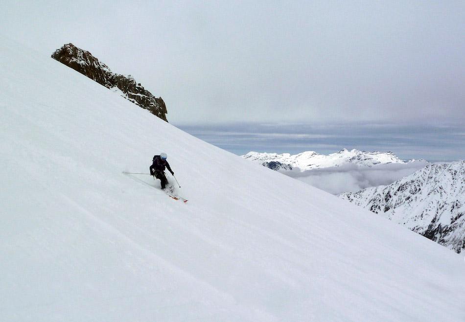 Sarah Stirling testing the Polvere Ski Trab skis close to Chamonix, 100 kb
