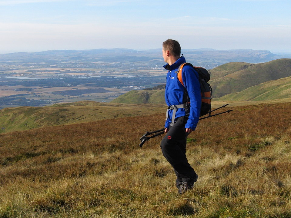 Last year's Vapour-rise Jacket, plus the rest, out for a spin in the Ochils, 179 kb