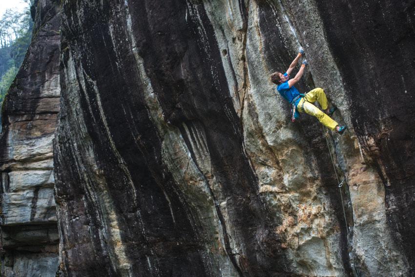 James Pearson climbing A Denti Stretti, 167 kb