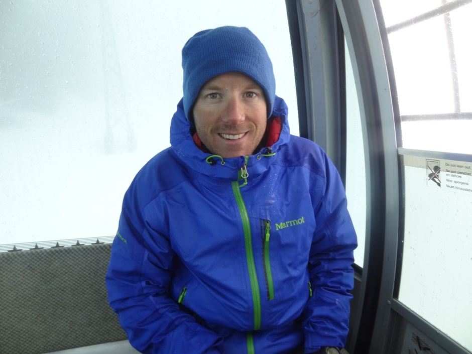 Still smiling despite the miserable conditions in Leysin. Photo Katey Lemar., 194 kb