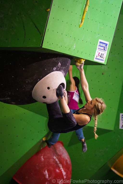 Mina on women's problem 3 in the qualifiers., 98 kb