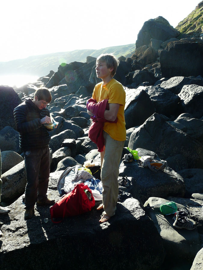 Felix Neumarker and Alex Megos, Porth Ysgo, 130 kb