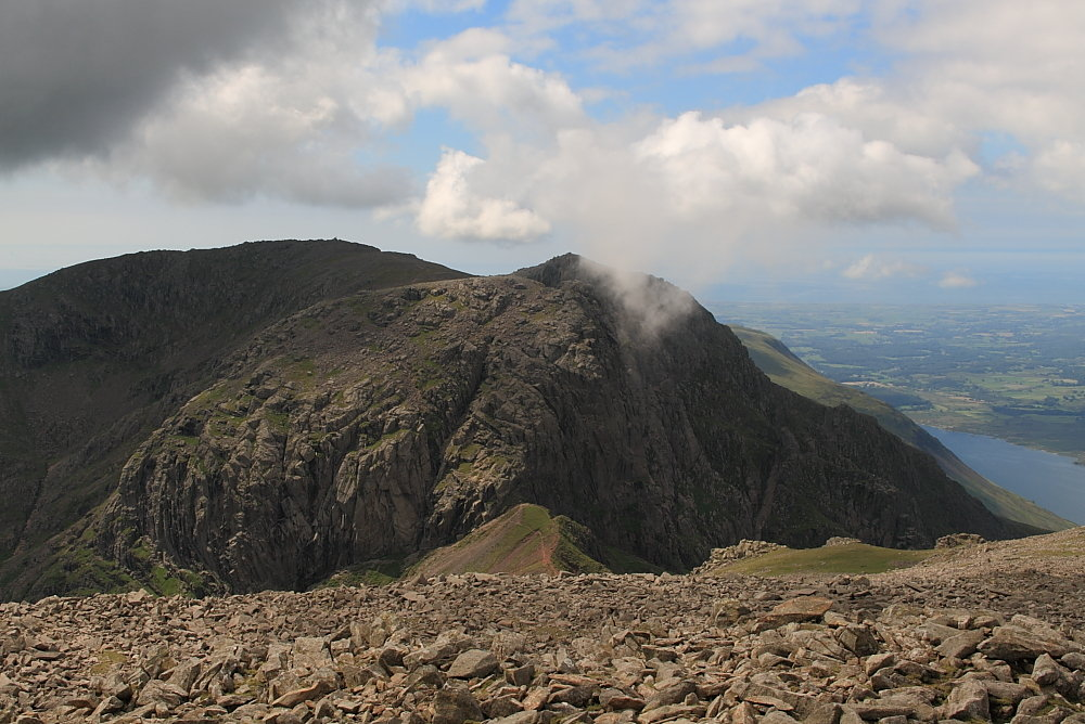 Scafell from Scafell Pike - no easy direct route between them, 155 kb