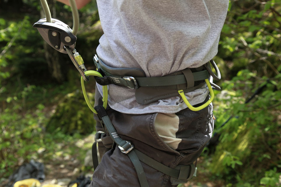 Charlie Boscoe reviewing the Wild Country Summit Harness, 132 kb