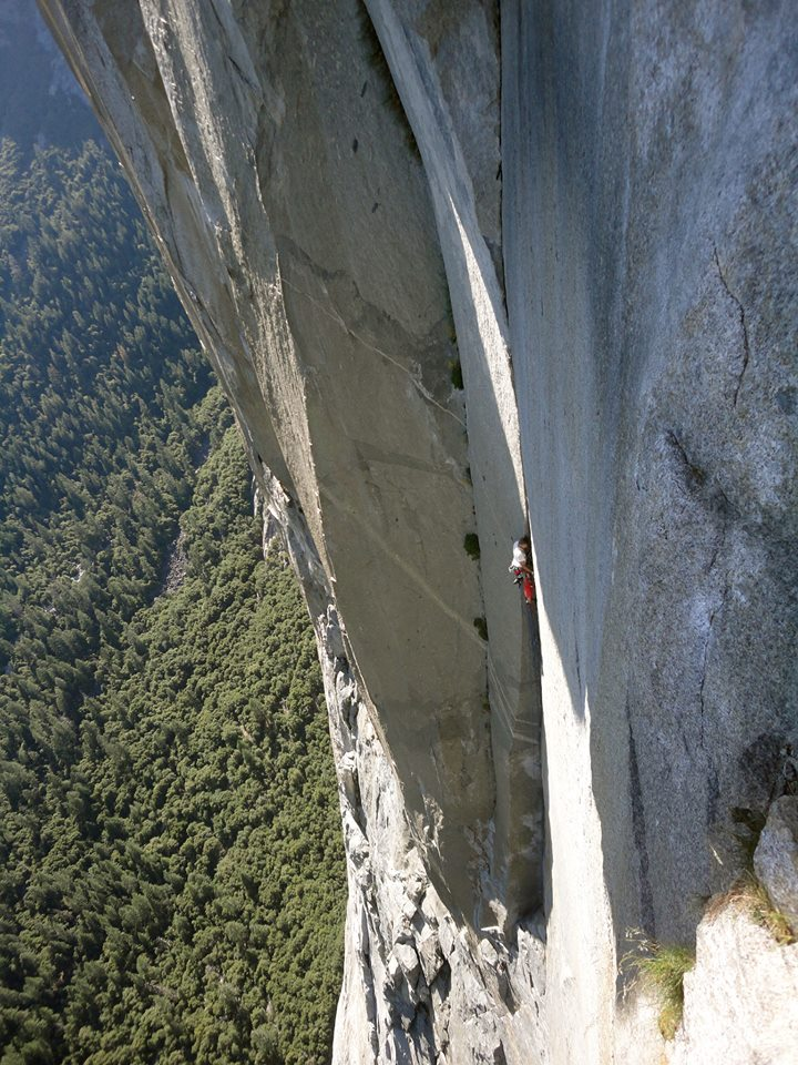 Chris Bevins climbing the great flake on his NIAD Solo ascent, 179 kb