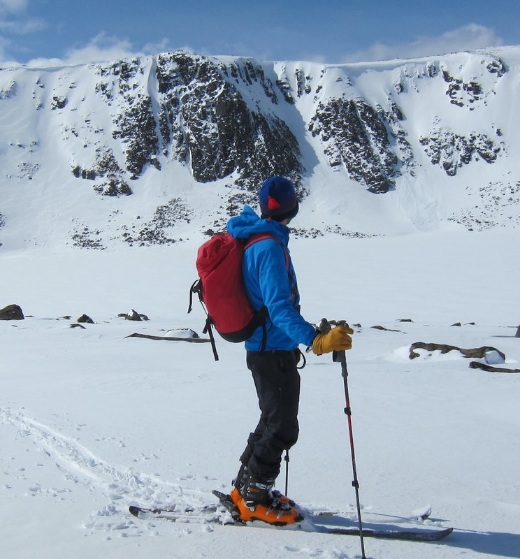 Ski touring in the Cairngorms with the Blue Ice Warthog 38 Rucksack , 106 kb