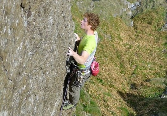 Calum Muskett onsighting Authentic Desire, E7 6b, Clogwyn D'ur Arddu, 88 kb