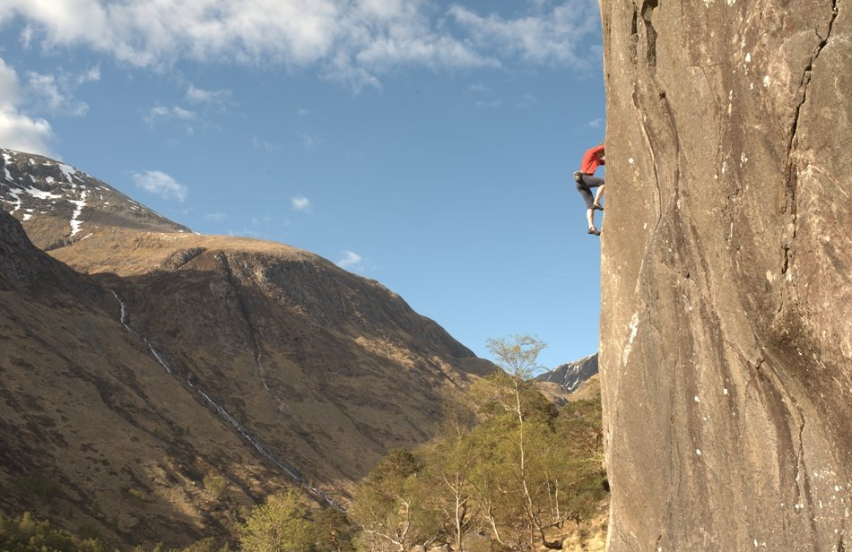 Jules on the lower section of Dave Macleod's Holdfast, E9 7a, on FA of Hold Fast, Hold True, E9/10 7a, 118 kb