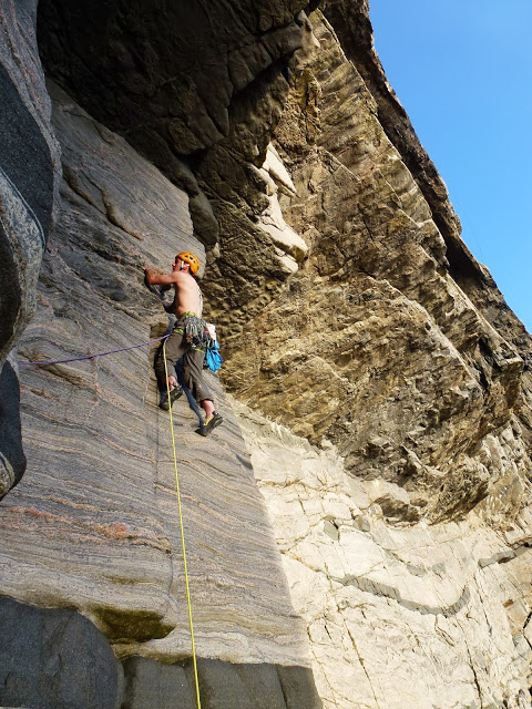 Pitch 3 of The Great Arch, E5 6b on one of the best crags in Britain, 144 kb