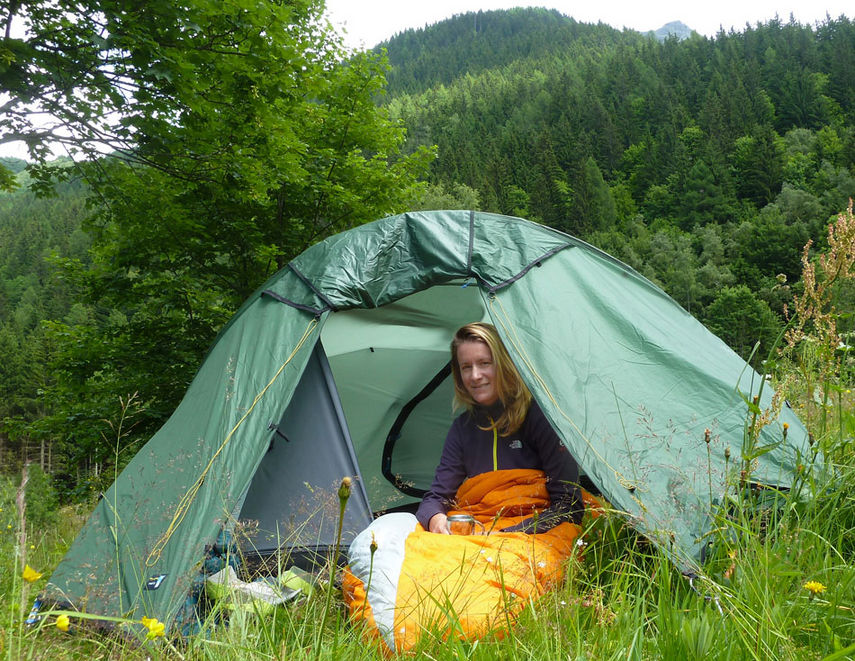 Therm-a-rest Navis sleeping bag in action, 205 kb