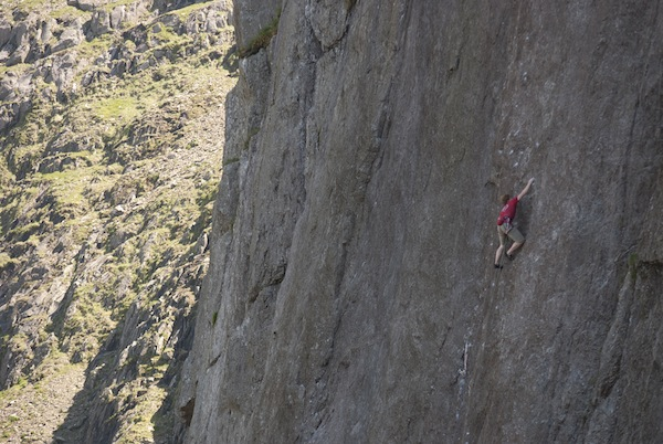 Calum Muskett making the 6th ascent of The Indian Face, E9 6c, Cloggy, 106 kb