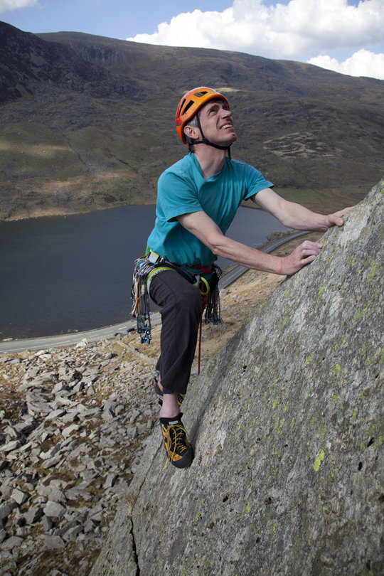 Alan James multi-pitching with the Boreal Silex in the Ogwen Valley, North Wales, 149 kb