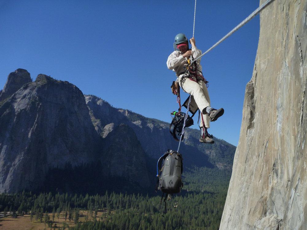Awesome exposure jugging on El Cap, 136 kb