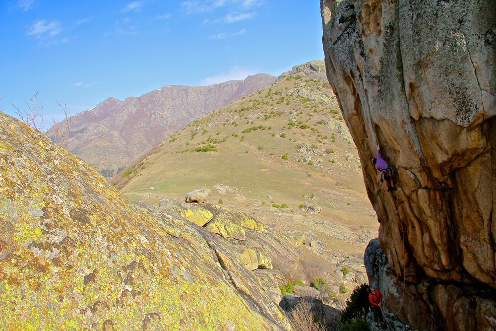 Ed Southwood new routing in Macedonia  © UKC Articles