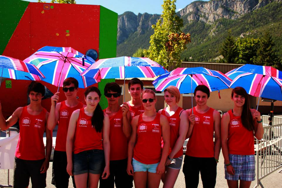 The largest Junior Team GB yet, all ready to crush in L'Argentierre, 99 kb