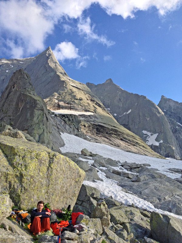 Roll-mat with a view... the bivi below the Piz Badile, 159 kb