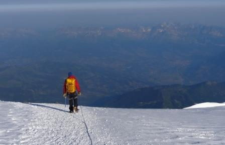 On the way down from Mont Blanc, 61 kb