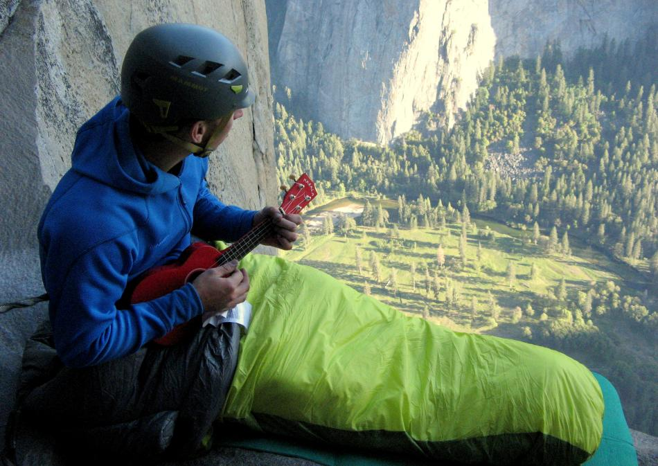 Finn McCann on the third bivi on The Nose, El Cap, 107 kb
