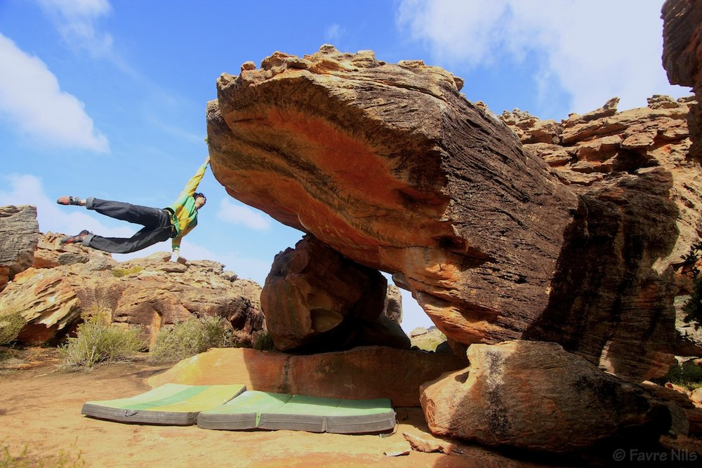 Niccolò Ceria on Sky, ~8B, Rocklands, South Africa, 153 kb