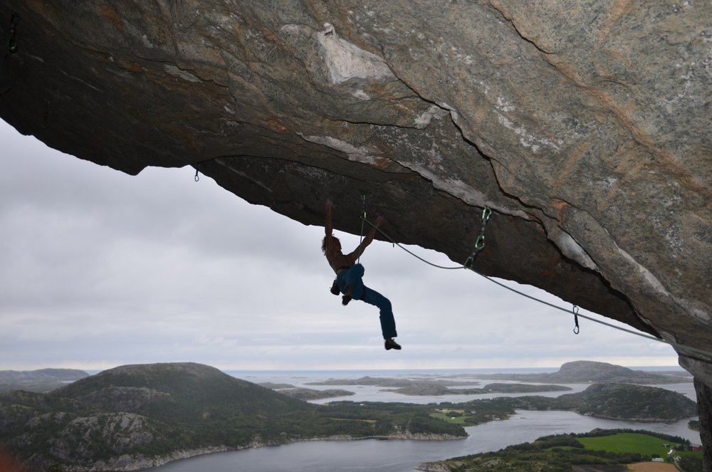 Adam Ondra on Move, 9b/+, Flatanger, Norway, 142 kb
