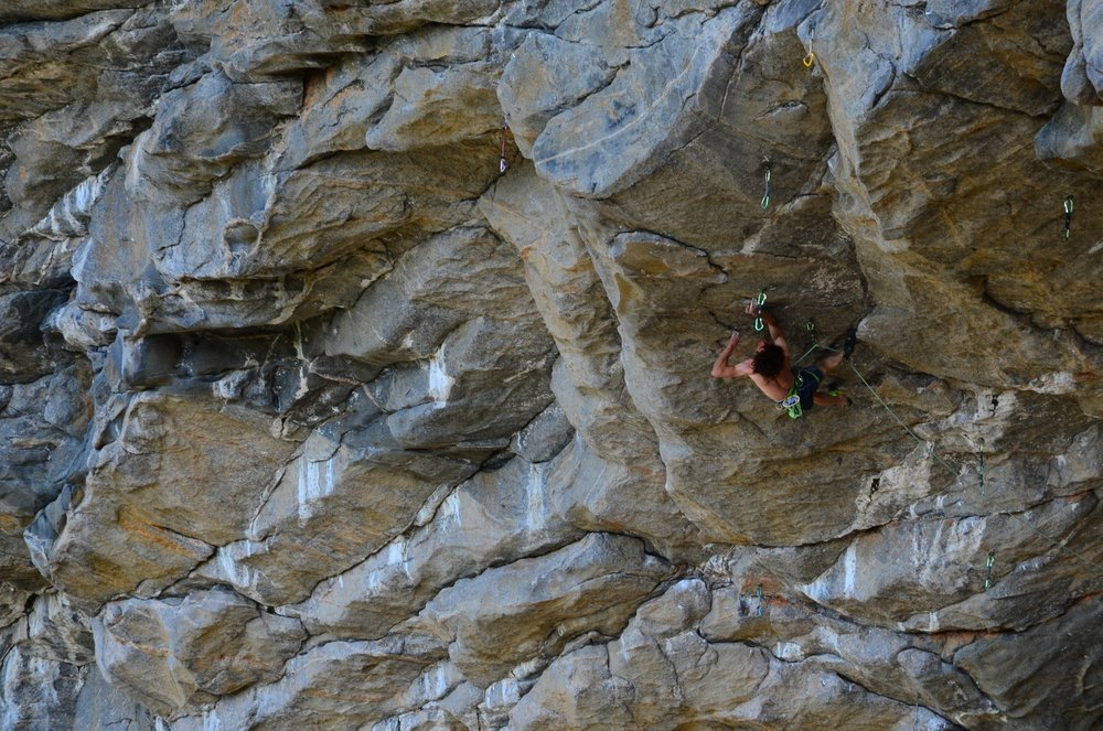 Adam Ondra on Move, 9b/+, Flatanger, Norway, 217 kb