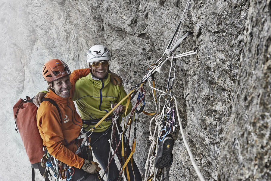 Robert Jasper and Roger Schäli on the first free ascent of the Ghilini-Piola, Eiger N Face, 212 kb