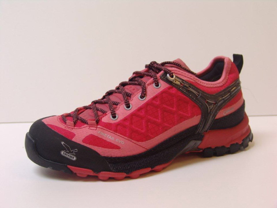 Firetail EVO in striking 'Moon Poppy red' (other colours are available), 71 kb
