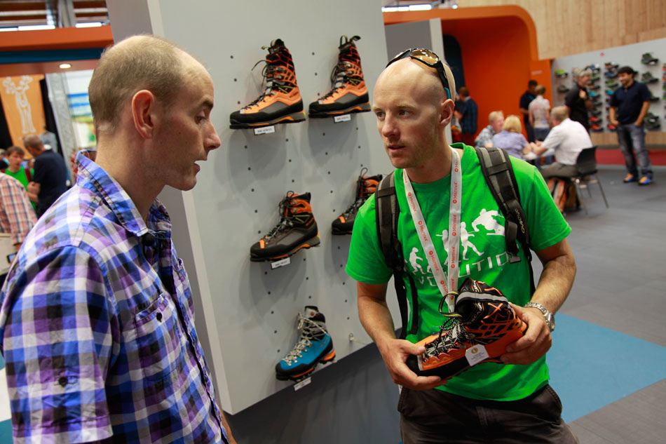 UKC gear reviewer Charlie Boscoe looks at the Scarpa Rebel Ultra with Steve Roberts, 152 kb