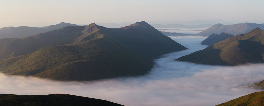 Sunrise over Glen Affric. From Sgurr nan Ceathreamhnan at sunrise in the July heatwave., 55 kb