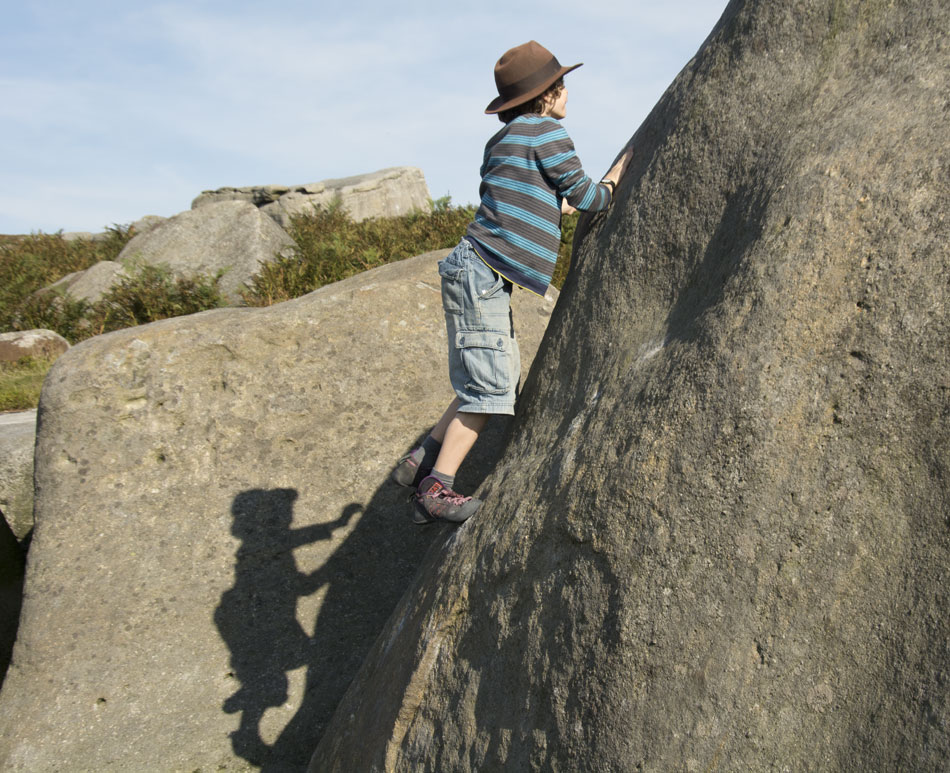 Luke Green, chased by his shadow up Wall Past Slot V0 at Burbage South, 193 kb