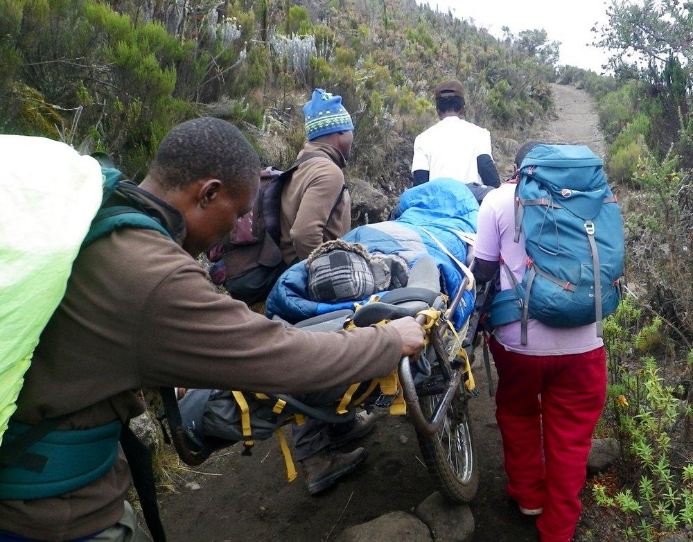 Torque 40 (right) on Kilimanjaro, 179 kb