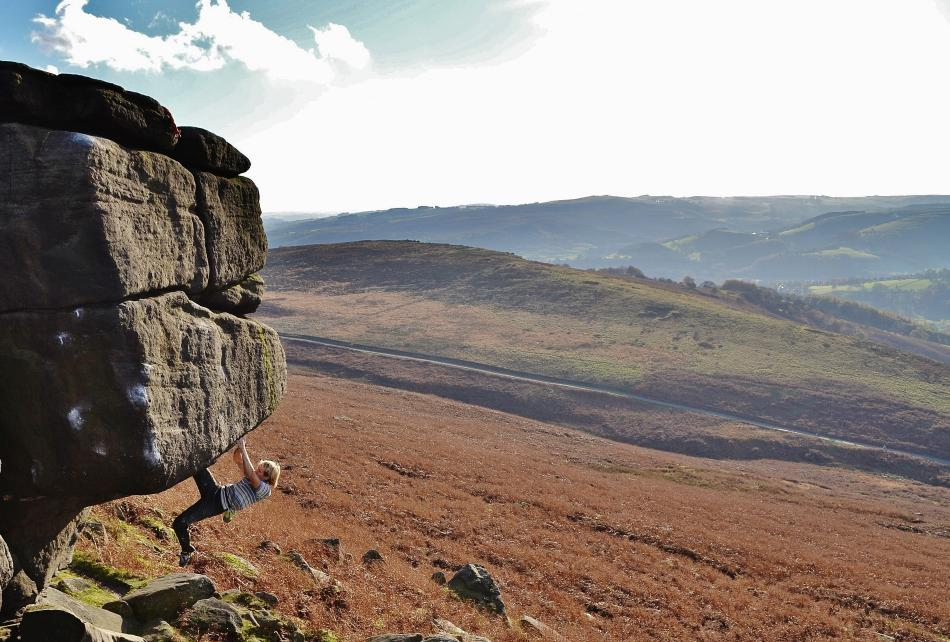 Ed Hamer on the usually snowballed Shine On, E7 6c, Stanage, 143 kb