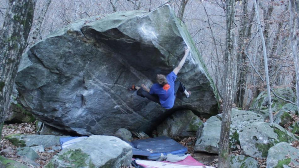 Tommy Williams throwing shapes on Amber, 8B, 86 kb