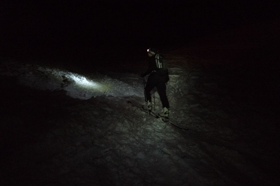 Here you can see the light from the Edelrid Quattro Stagione, 59 kb