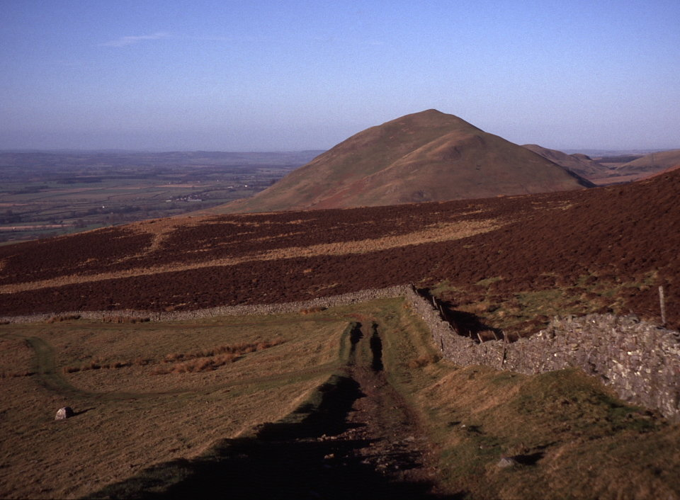 Dufton Pike in the North Pennines, 121 kb